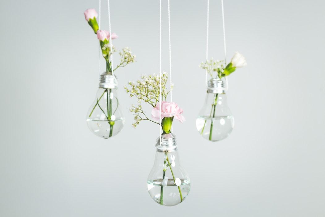 Upcycling Glühbirne Vase