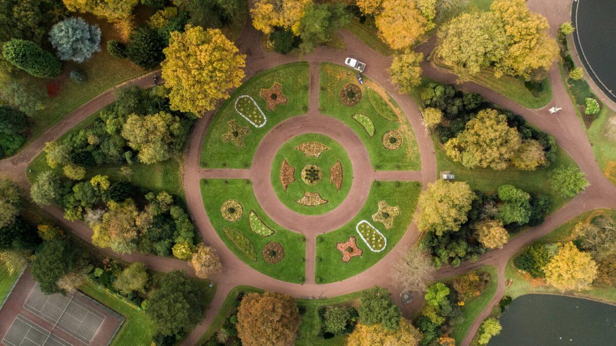 Ein Kreislauf aus grüner Wiese