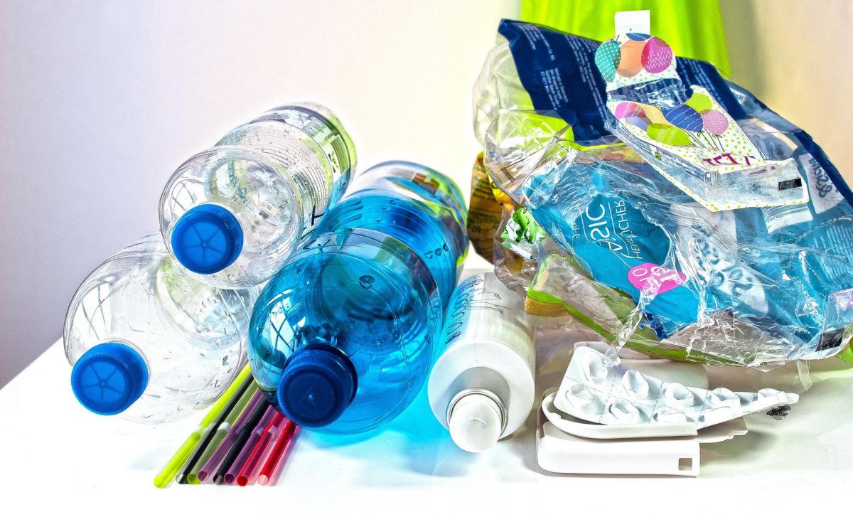 Plastikverpackungen und Abfall